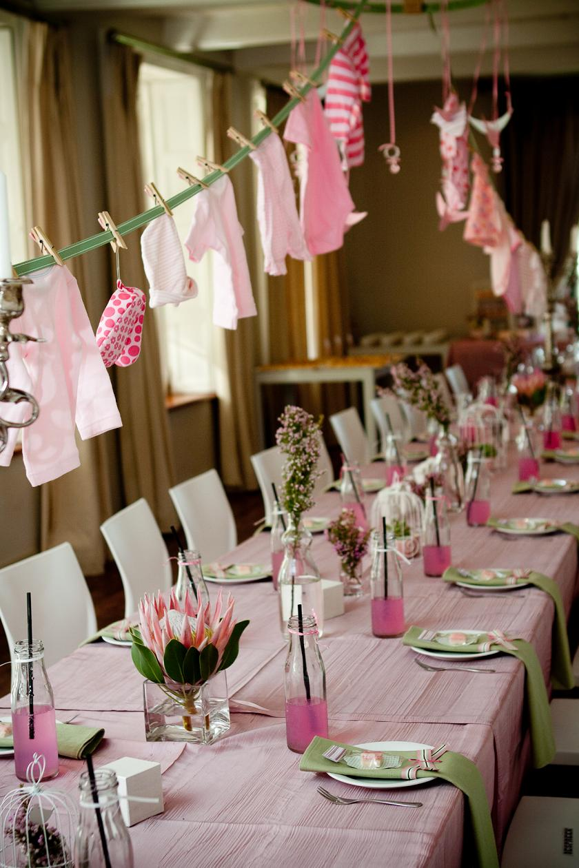 Pinterest picks baby shower ideas for Baby girl shower decoration ideas