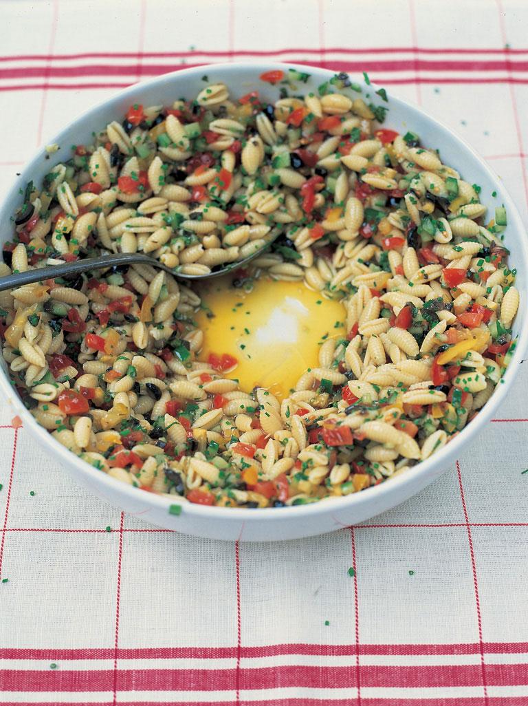 The Best Pasta Salad | Jamie Oliver | Pinterest Picks - Picnic Recipes