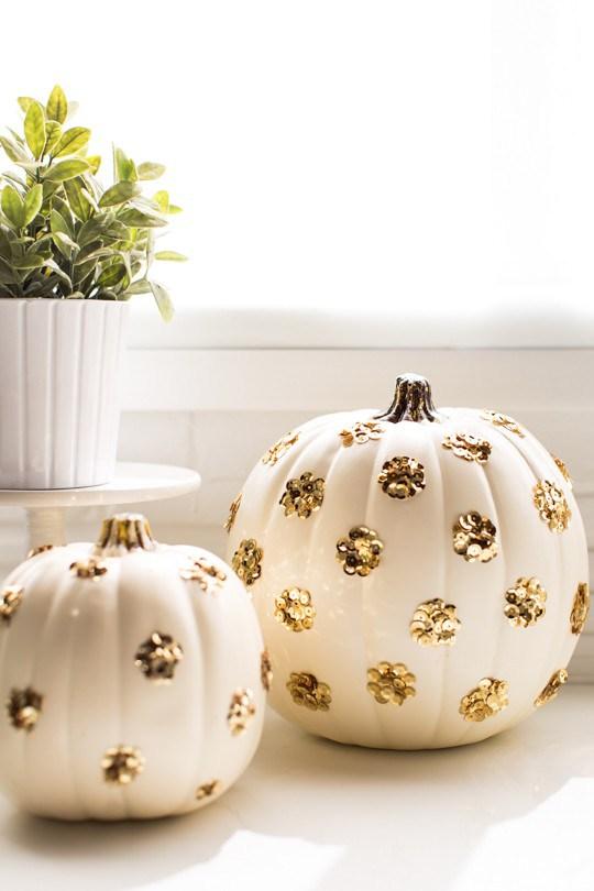 DIY Sequin Polka Dot Pumpkin | Sugar & Cloth | Pinterest Picks - No Carve Pumpkin Ideas