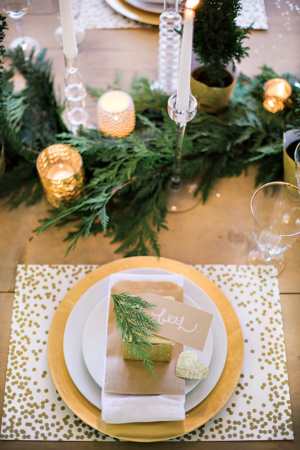 Sparkly Holiday Wine & Crafting Party {Gold + White} | Hostess with the Mostess | Christmas Tablescape Ideas