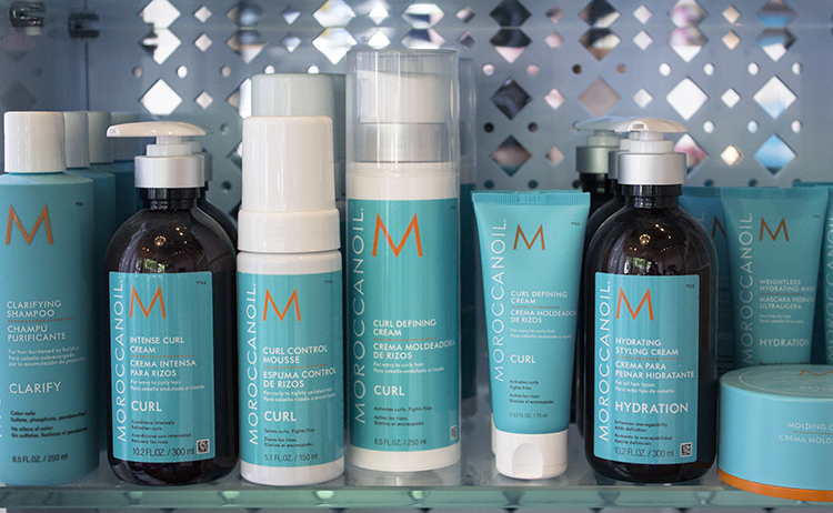 Swink Style Bar Moroccan Oil products - Swink Style Bar Review