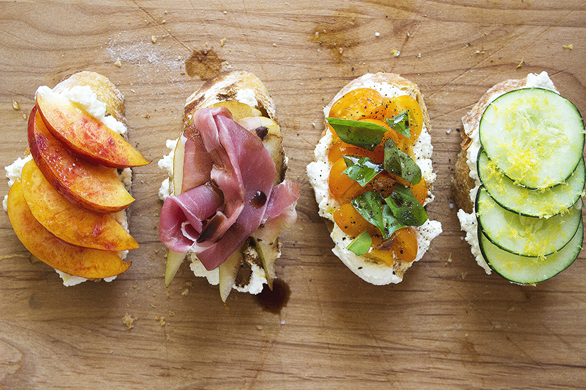 Summertime Ricotta Crostini on Style and Cheek
