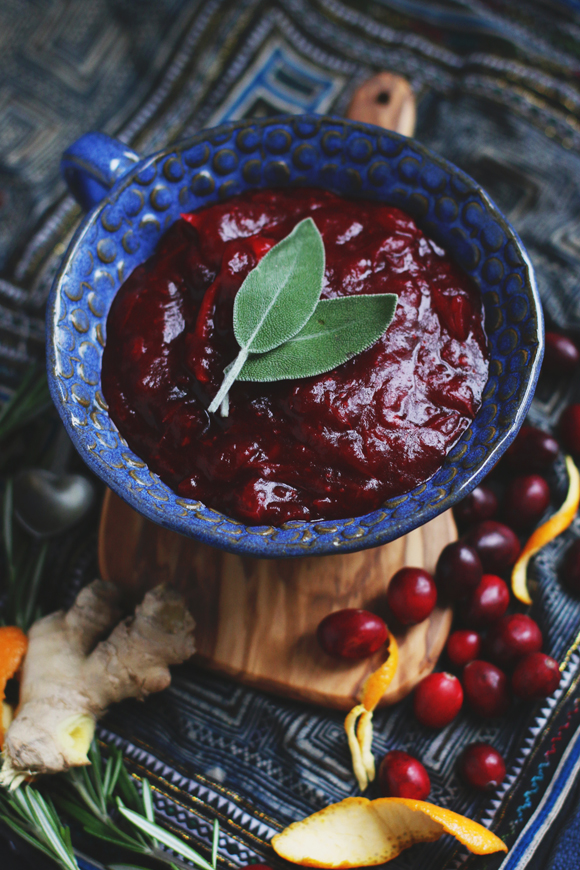 Unique Thanksgiving Recipes: Rosemary Citrus Ginger Cranberry Sauce | Free People BLDG 25 | Drool Worthy Thanksgiving Side Dishes