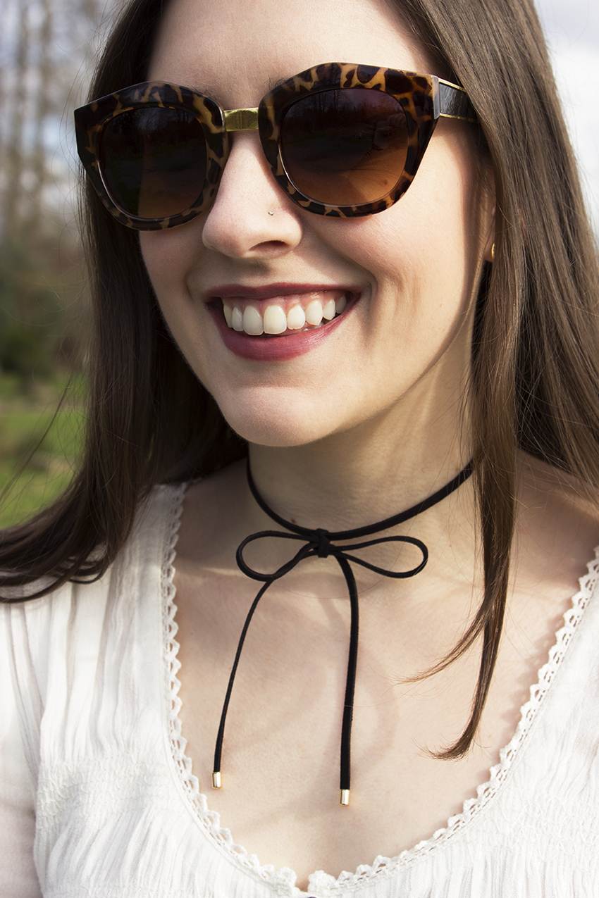 Boho Choker Outfit Karlie Sunglasses, Georgie Ribbon Collar from Moorea Seal, Free People Blue Bird Smocked Top