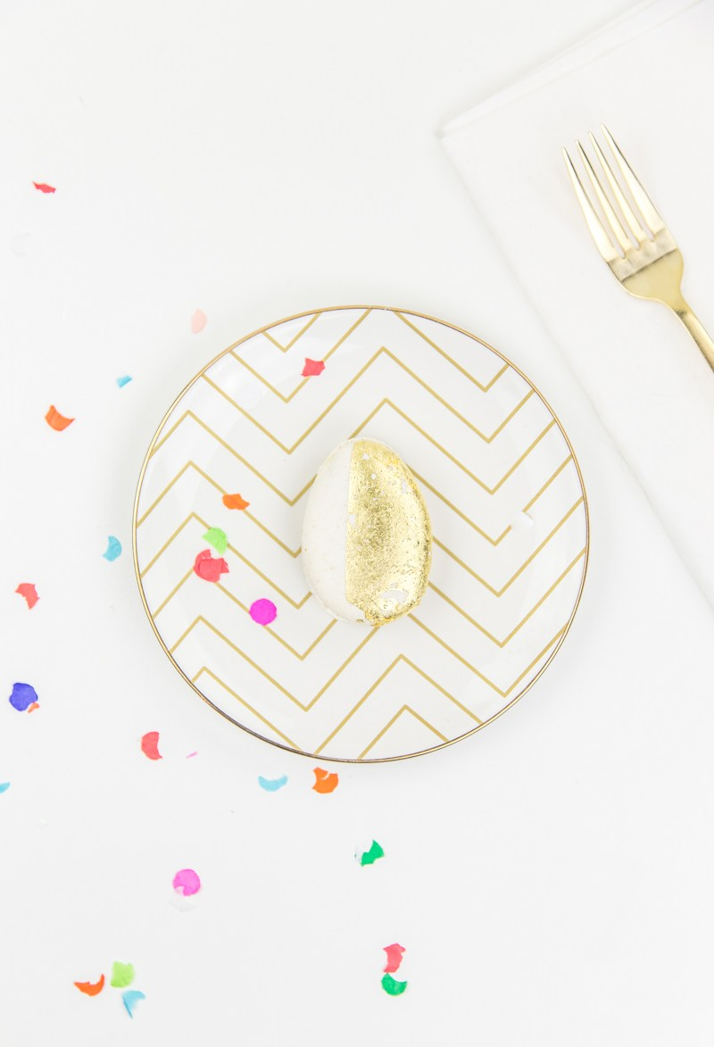 Pinterest Picks - Easter Ideas - DIY Edible Golden Egg Place Settings | Sugar and Cloth