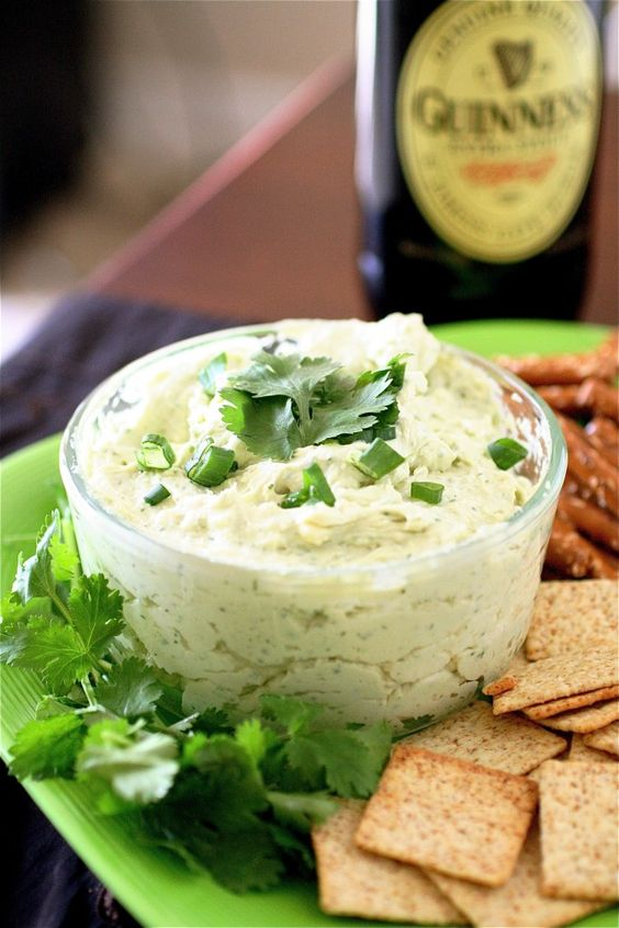 8 Savory Guinness Recipes - Guinness and Cheddar Dip | The Curvy Carrot