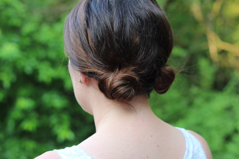 Easy Summer Hairstyles - Double Knots | Beauty Basics