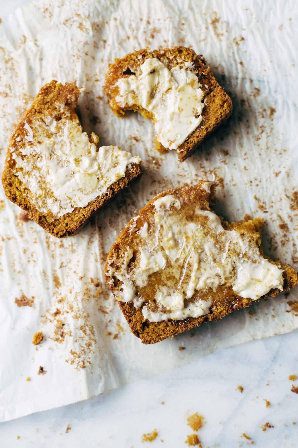 Super Moist Pumpkin Bread   Pinch of Yum - 10 Sweet Pumpkin Recipes