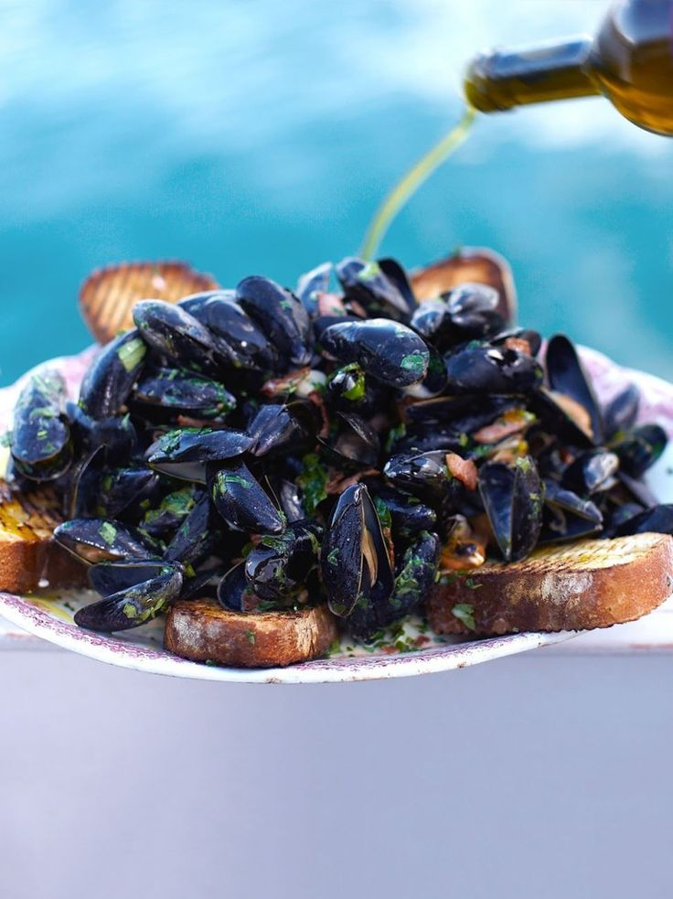 Creamy mussels with Smoky Bacon & Cider   Jamie Oliver - Pinterest Picks - 8 Indulgent Seafood Recipes for Christmas Eve