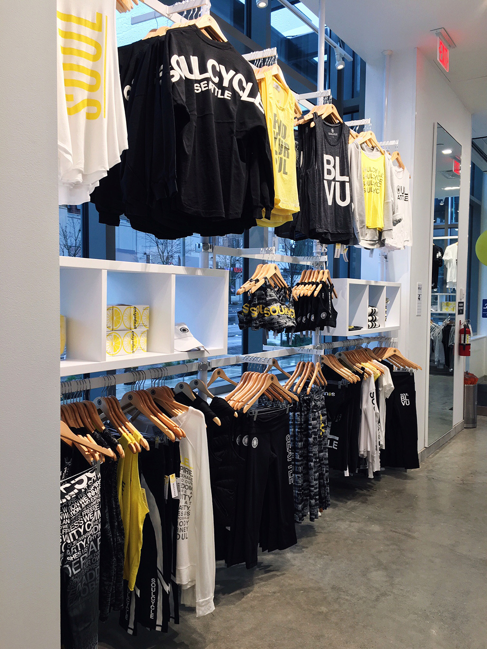 SoulCycle BLVU gear - Ride till You're High at SoulCycle BLVU | Style and Cheek
