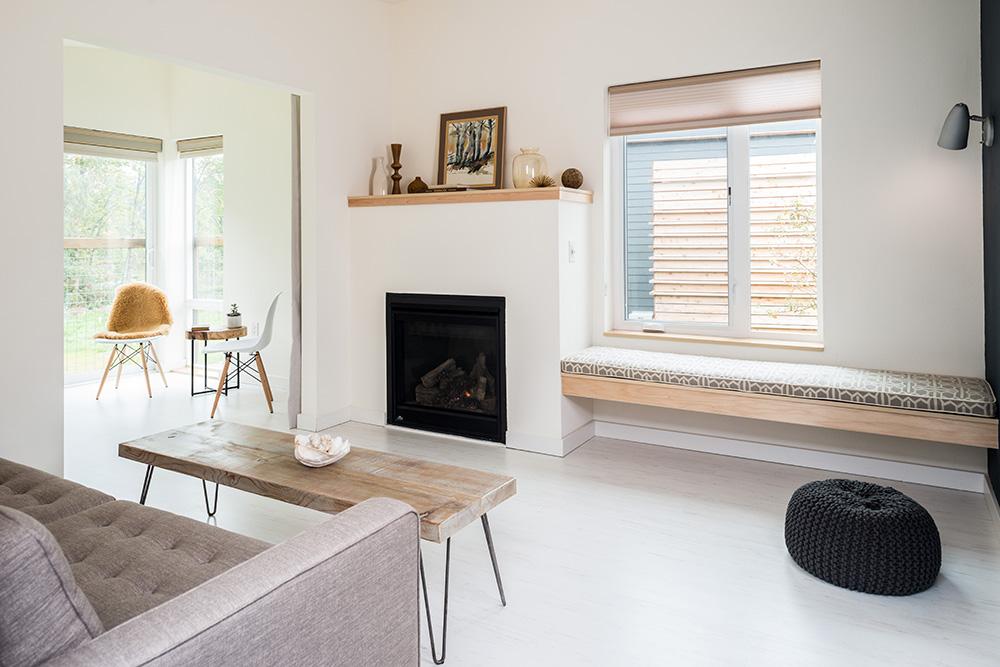 The Lodges on Vashon living room - The Lodges on Vashon review