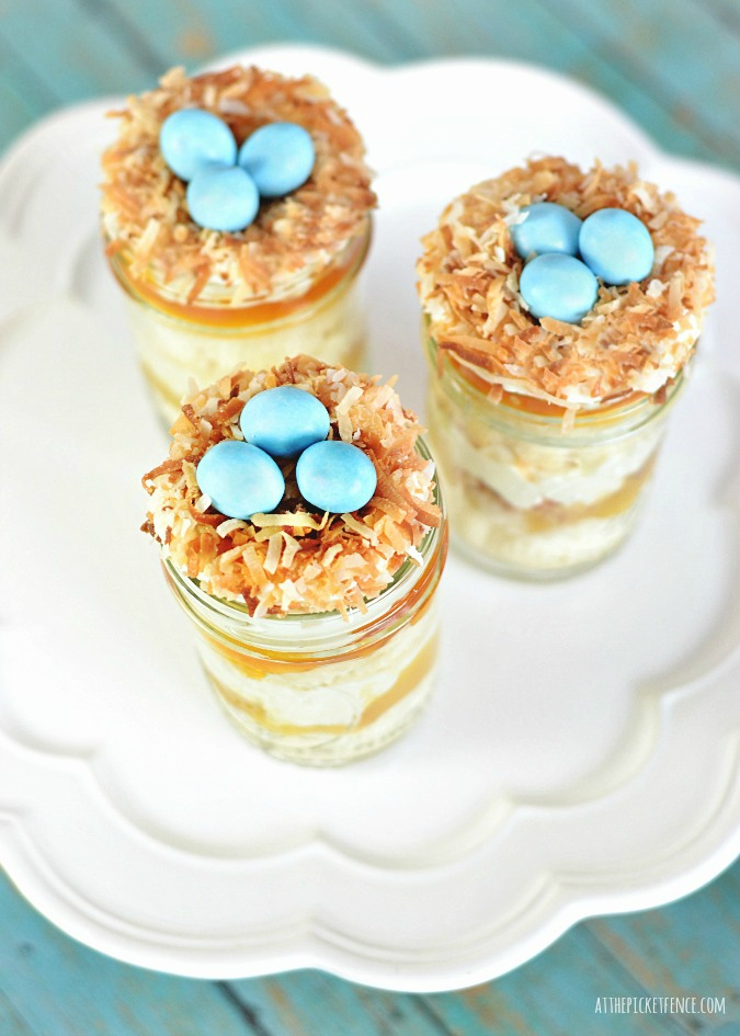 Bird's Nest Cupcakes In Mason Jars | At The Picket Fence - Pinterest Picks - 10 Delightful Easter Desserts