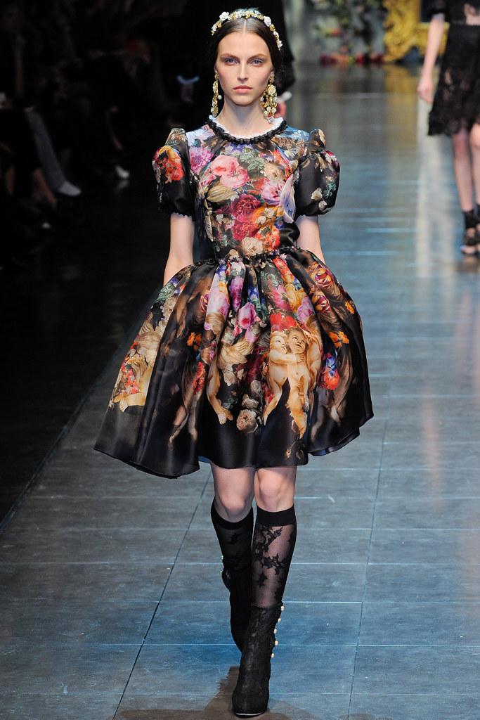 Dolce & Gabbana Fall 2015 Ready-to-Wear Look 59 | Fall Trends 2012