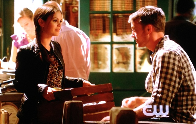 Zoe holding Wade's basket | Hart of Dixie Sparks Fly