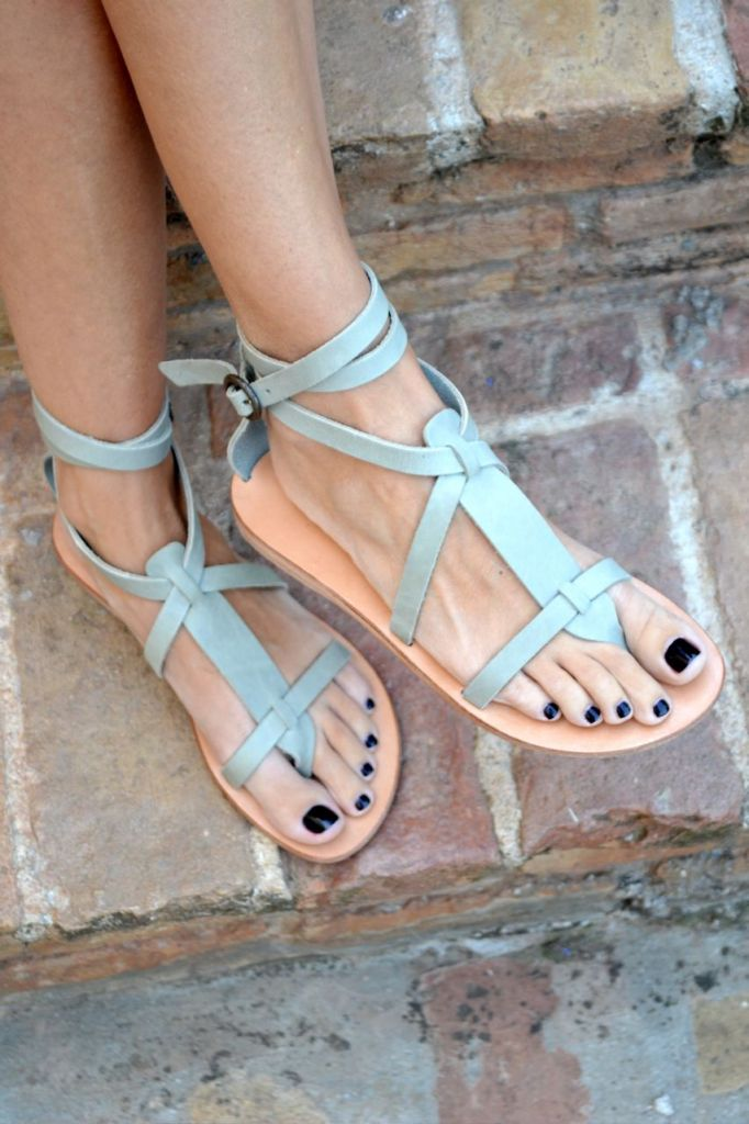Greek sandals mania | Type My Style | Friday Inspiration