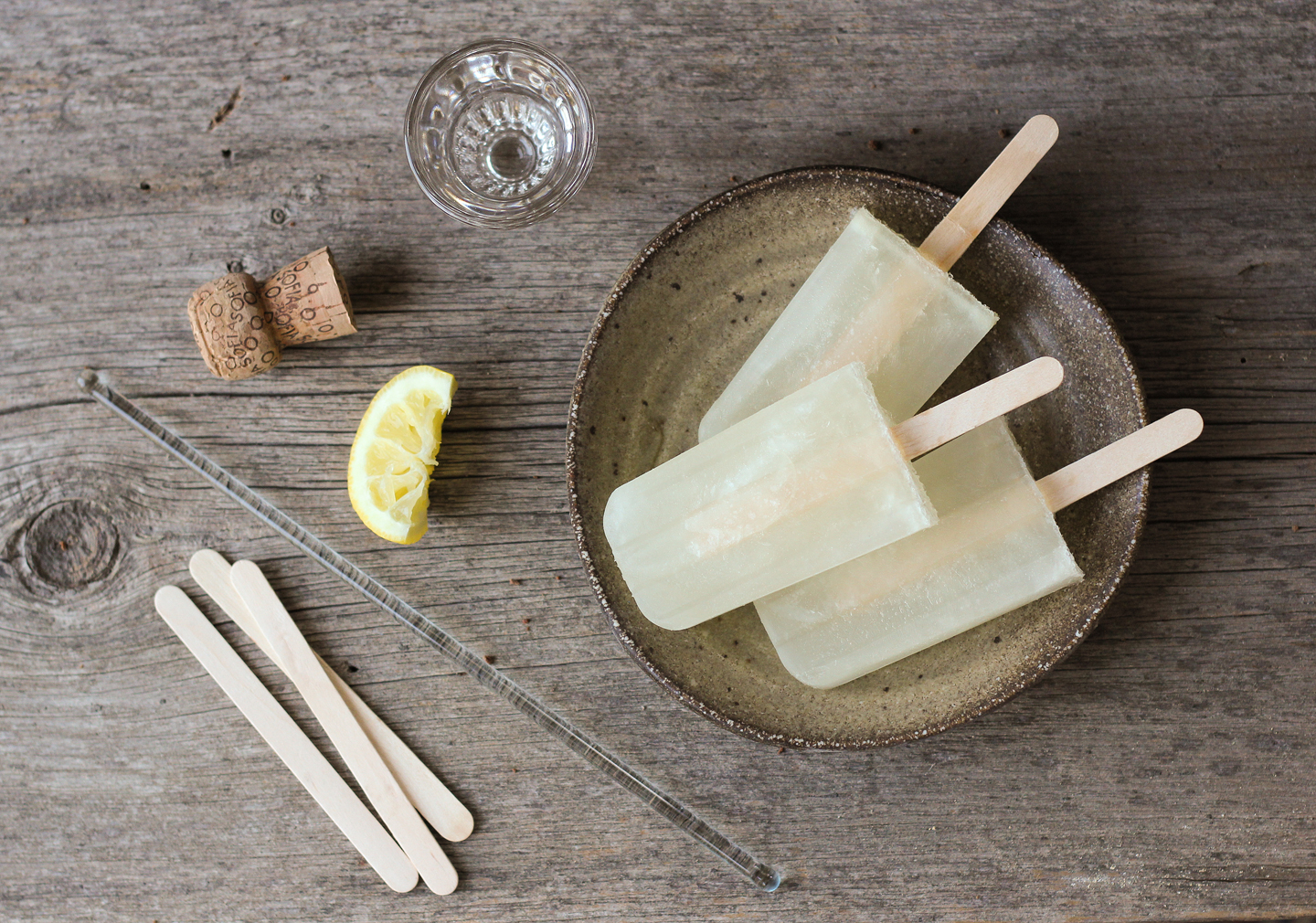 French 75 Popsicles | Reclaiming Provincial | Pinterest Picks - Party in Your Mouth Popsicle Recipes