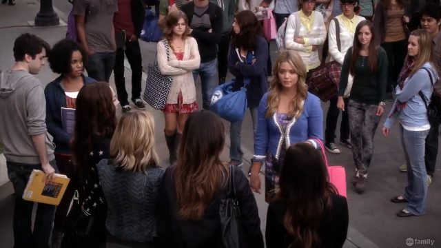 Everyone is so excited about Alison coming back to school... | Pretty Little Liars Miss Me x 100