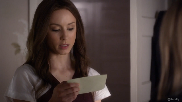 | Pretty Little Liars No One Here Can Love or Understand Me