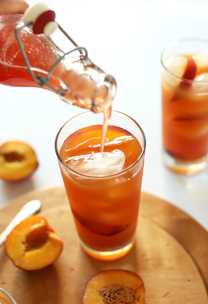 Perfect Peach Iced Tea | Minimalist Baker | Pinterest Picks - Flavored Iced Tea Recipes