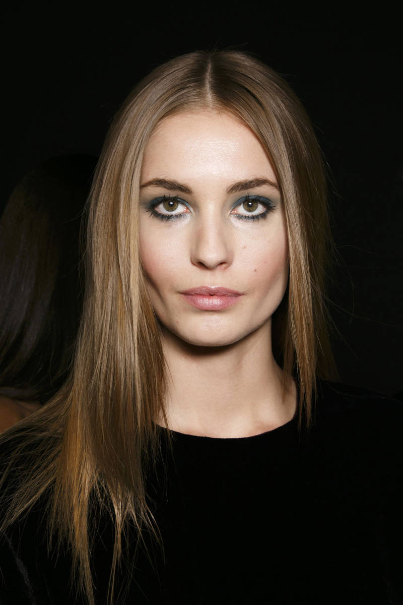 Elie Saab Fall 2014 Ready-to-Wear Beauty | Pinterest Picks - Fall 2014 Runway Hairstyle Inspiration
