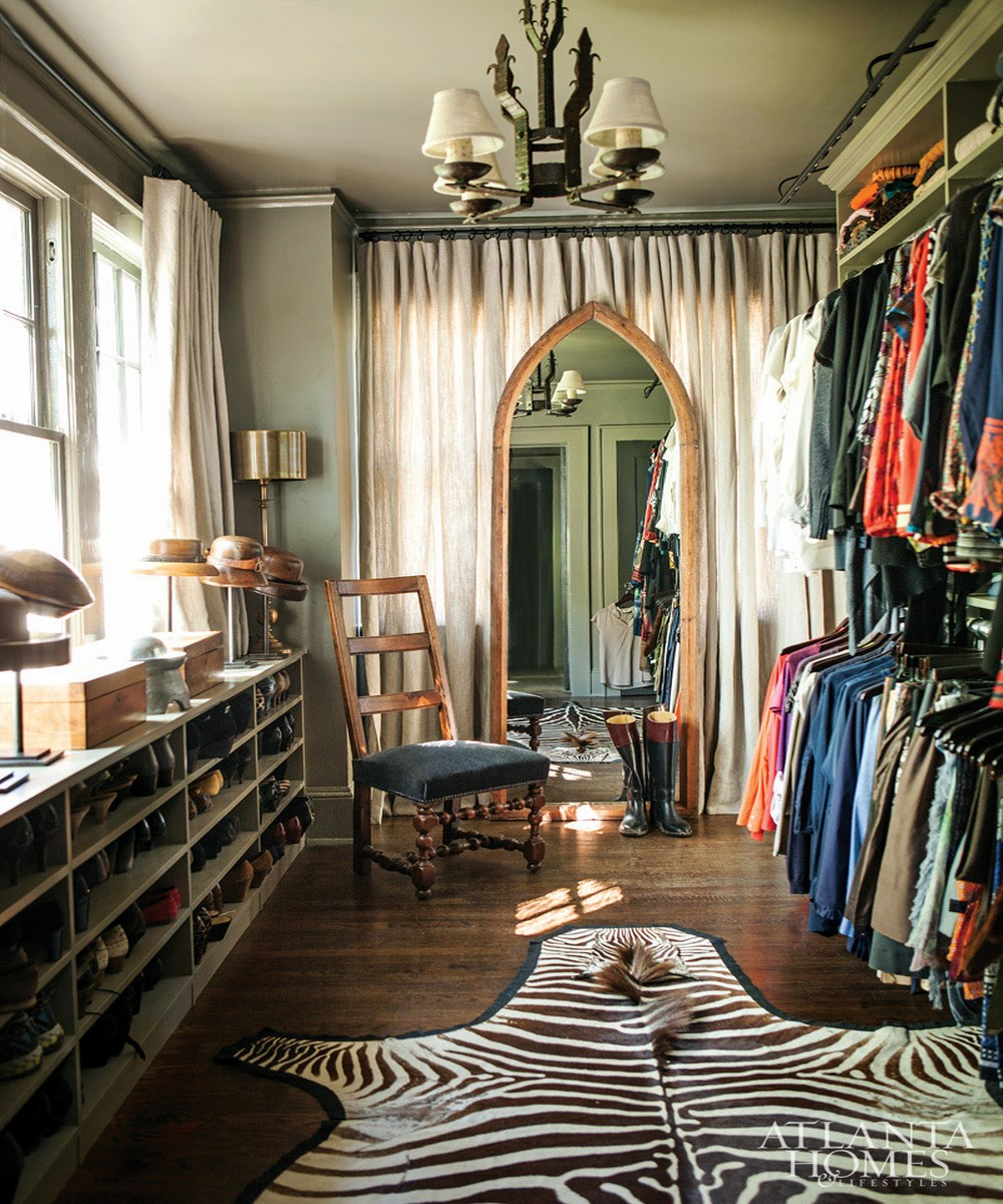 10 Stylish and Chic Walk-In Closet Interior Design Ideas | How to Wear Dresses in Fall