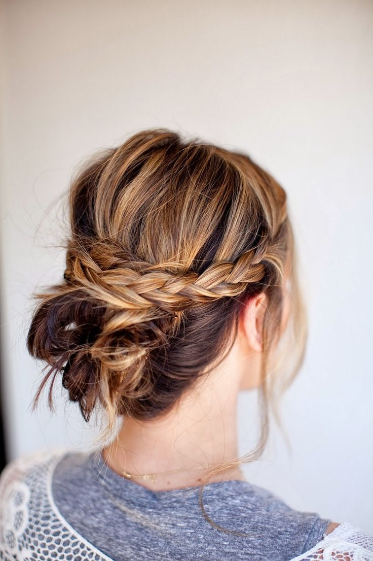 Messy Knotted Bun With Braided Band: THREE DIY Bridal Hair Tutorials | Tessa Rayanne | 6 Easy Hairstyles to Try This Fall