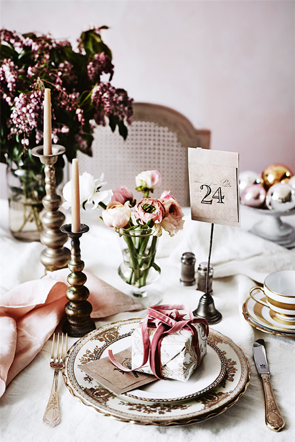 Reindeer's, Velvet Ribbon & Dusty Pink Linen | Dust Jacket Attic | Christmas Tablescape Ideas