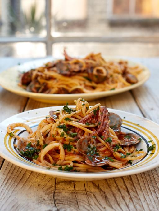 Spicy Spaghetti Vongole | Jamie Oliver | Seafood Recipes for Christmas Eve