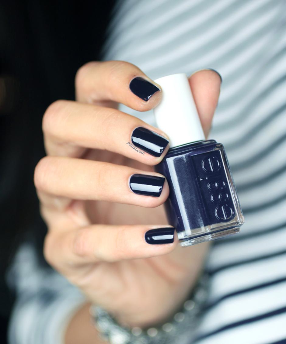 Pinterest Picks - Navy Nails