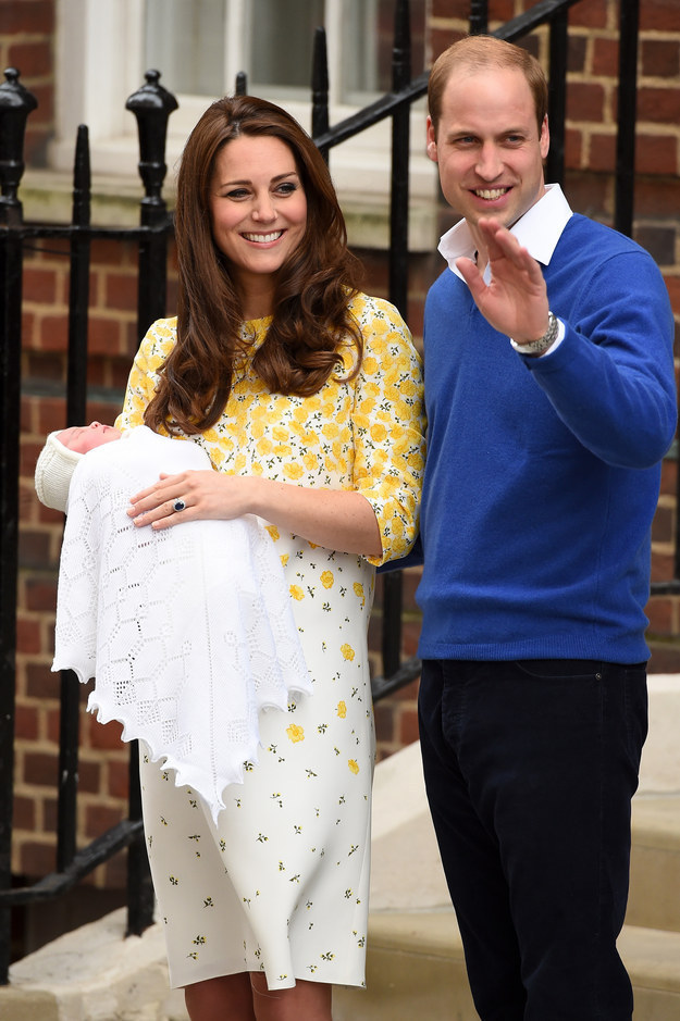 Here Are The First Pictures Of The New Royal Baby The Duke and Duchess of Cambridge introduce their newborn princess | BuzzFeed