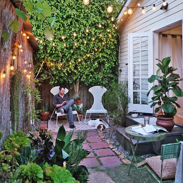 @whitneyleighmorris - My guys in their favorite post-work spot at #TheTinyCanalCottage | Stunning Small Outdoor Spaces