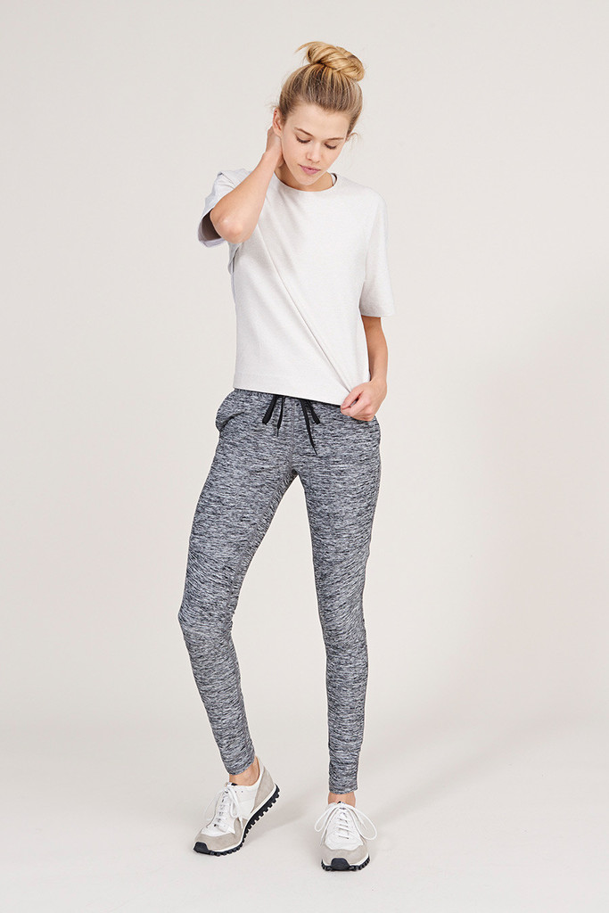 Outdoor Voices Clothing Running Woman Sweats in Heather Gray