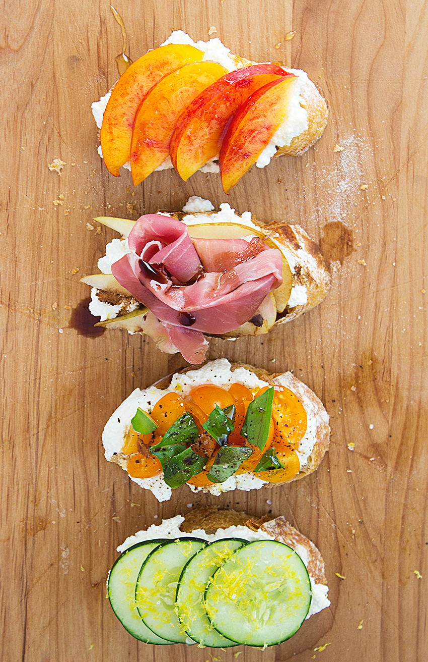 Summertime Ricotta Crostini recipe on Style and Cheek