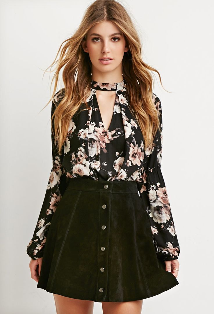 Forever 21 V-Cut Floral Print Blouse | Keyhole Cutouts: Keeping Your Neckline Sexy