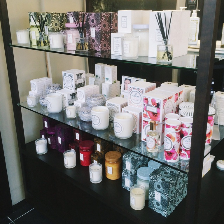 Yuan Spa candles in the lobby | Yuan Spa Hydrotherapy Circuit