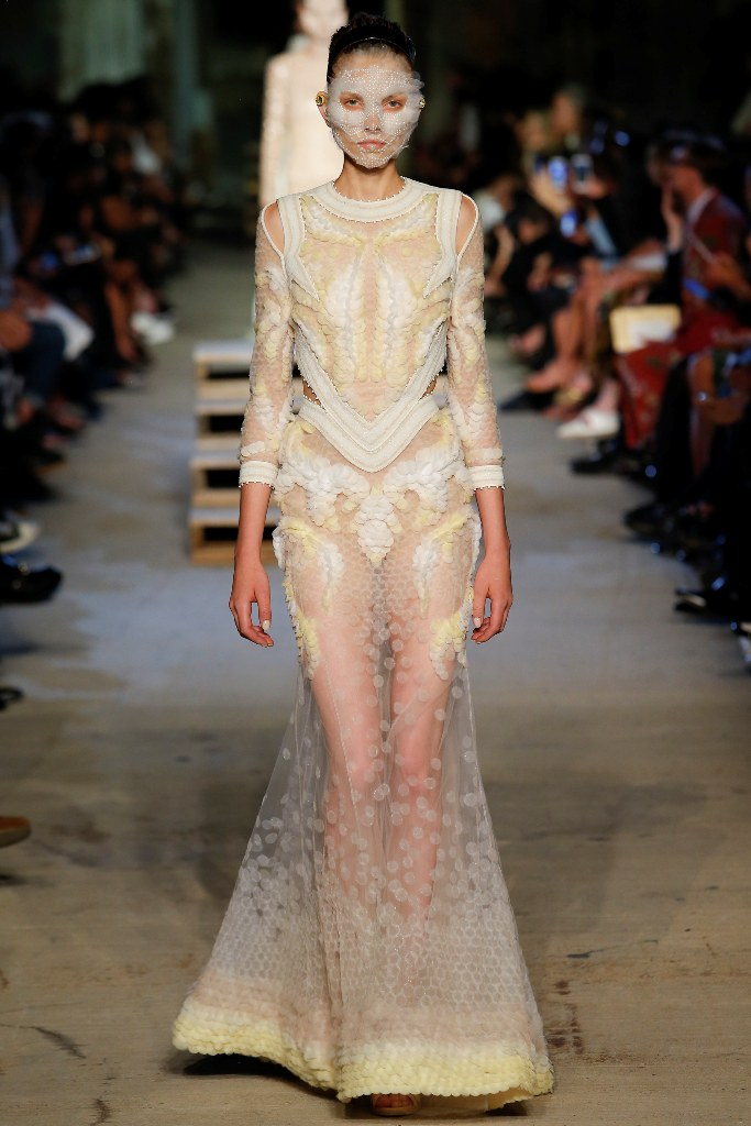 Givenchy Spring 2016 Ready to Wear Look 44  - Spring 2016 Ready to Wear Looks