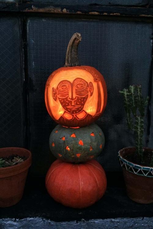 DIY Project: Pumpkin Carving Tips from Amelie Mancini | Design Sponge | DIY Pumpkin Decorations