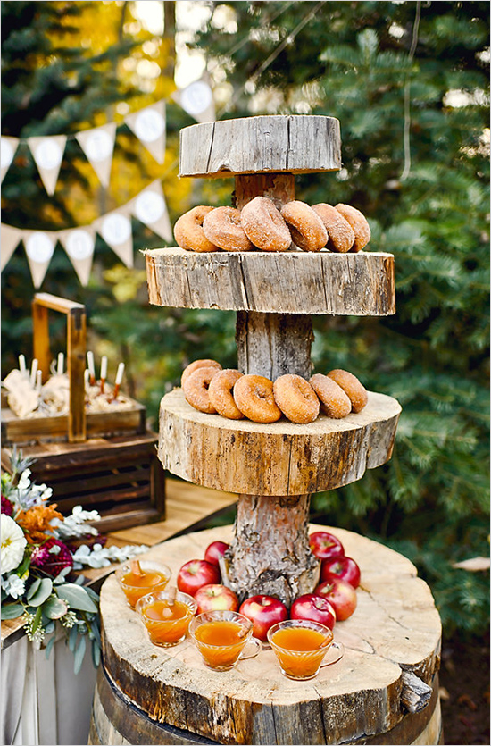 Michigan Fall Favorites Wedding Inspiration | Wedding Chicks | Fall Inspiration