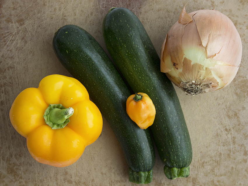 Ingredients for turkey sloppy joes with zucchini