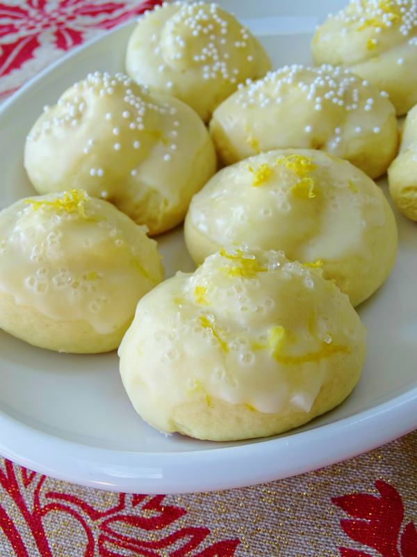 Anginetti, Italian Lemon Knot Cookies | Proud Italian Cook | Christmas Cookies