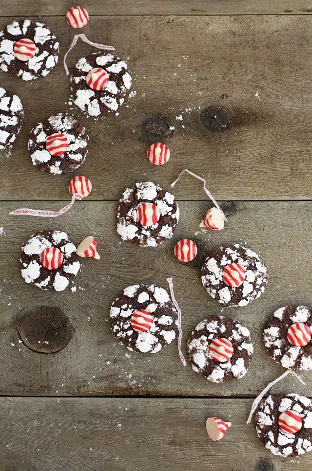 Peppermint Kiss Cookies | Lulu the Baker | Christmas Cookies