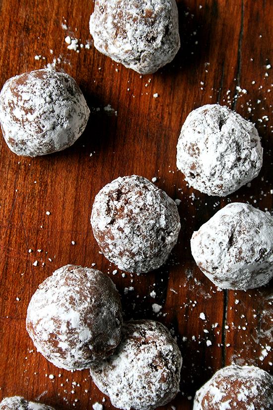 Rum Balls | Alexandra's Kitchen | Christmas Cookies