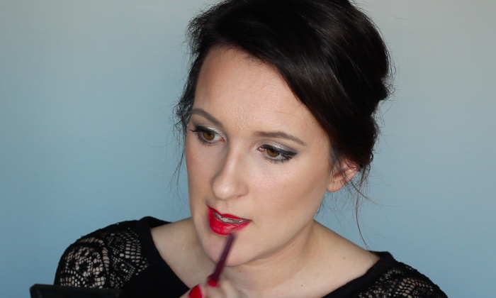 Sultry Makeup Look - Step 8   Beauty Basics
