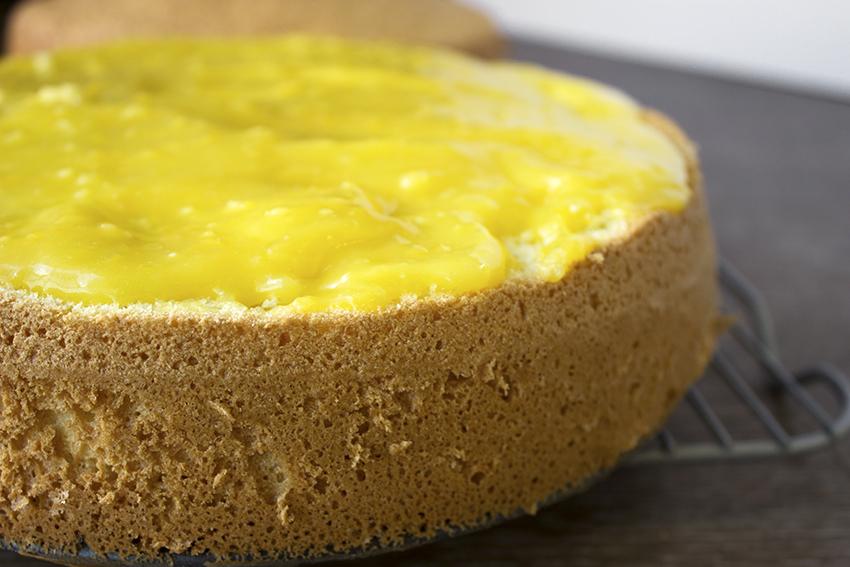 Italian Sponge Cake with Lemon Curd bottom layer