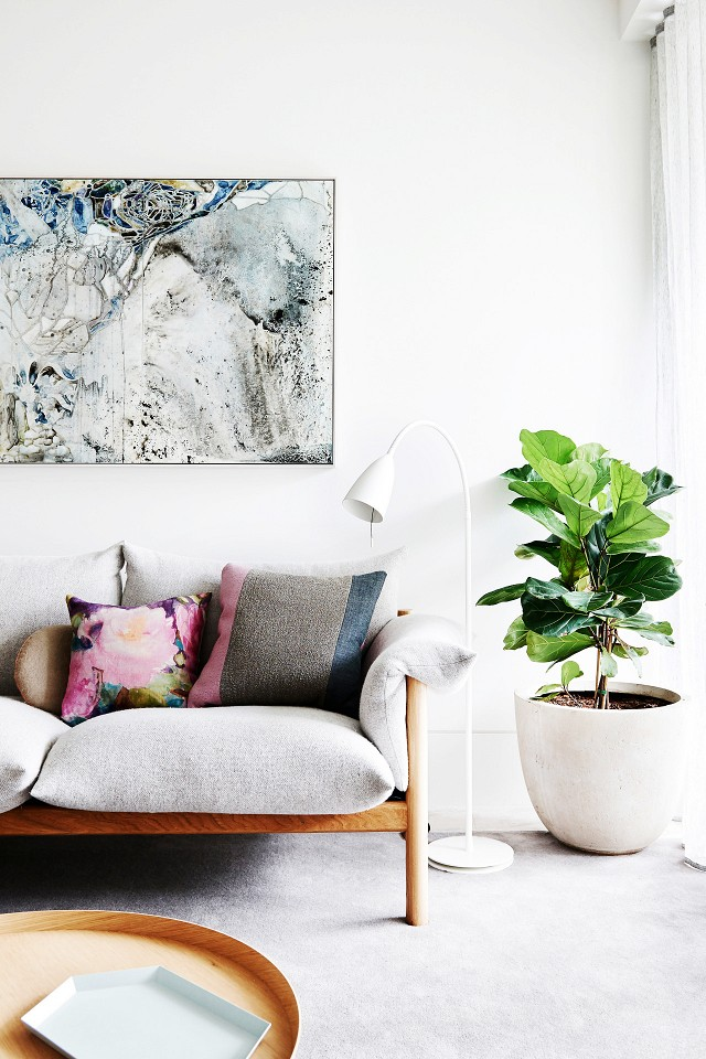 Fiddle Leaf Fig Tree Inspiration - Moving In Together? 9 Decorating Tips for Couples | My Domaine