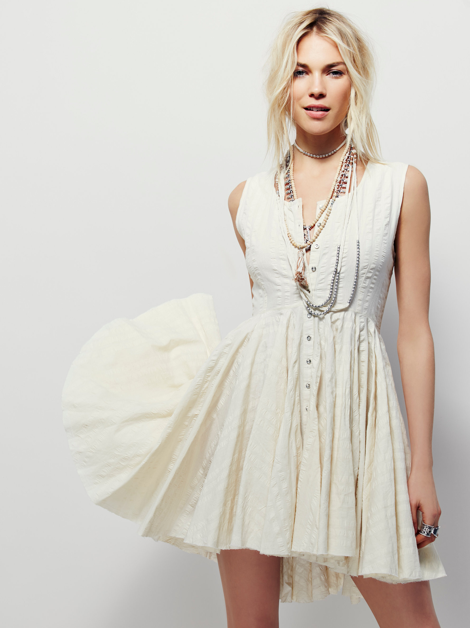 10 Perfect White Vacation Dresses - Free People Picnic Party Dress
