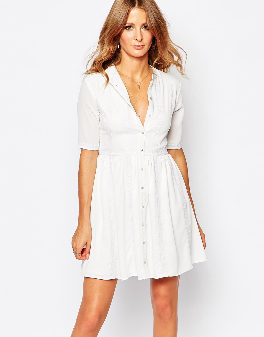 10 Perfect White Vacation Dresses - Millie Mackintosh White Lace Button Through Dress