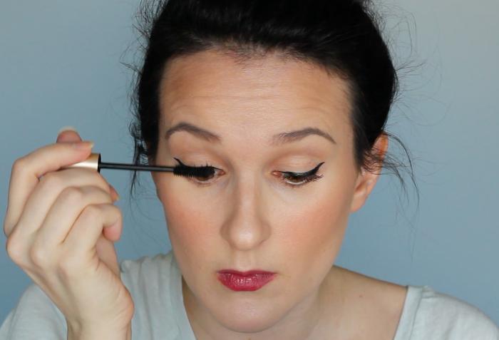 DIY False Lashes - Step 4 | Beauty Basics