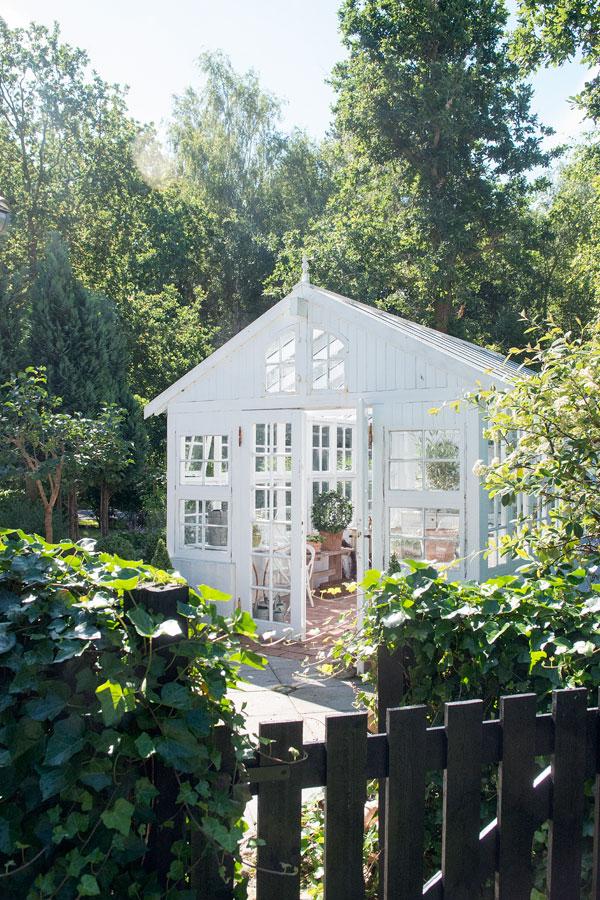 Greenhouse Inspiration - Armchair Gardening | Interior Magasinet