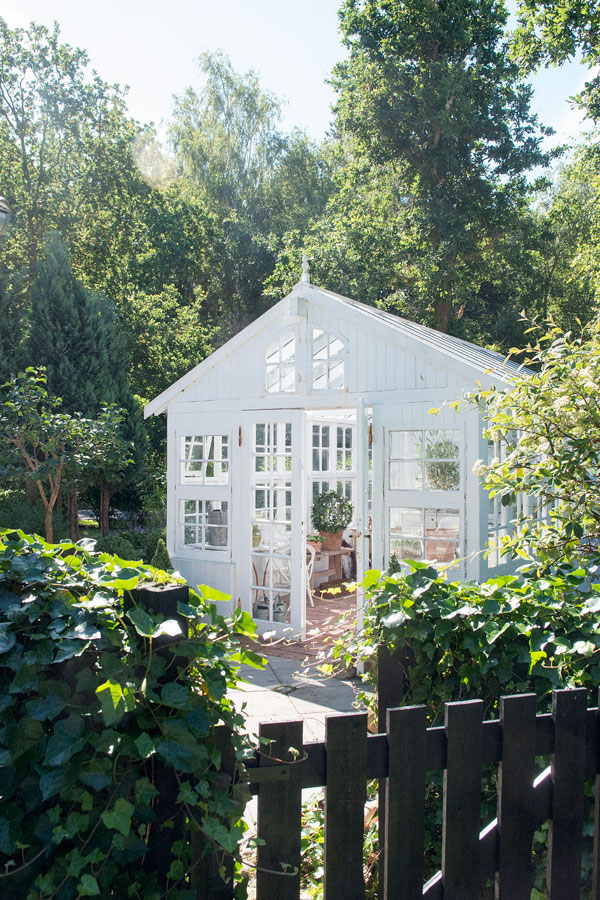 Greenhouse Inspiration - Armchair Gardening | Interior Magasinet